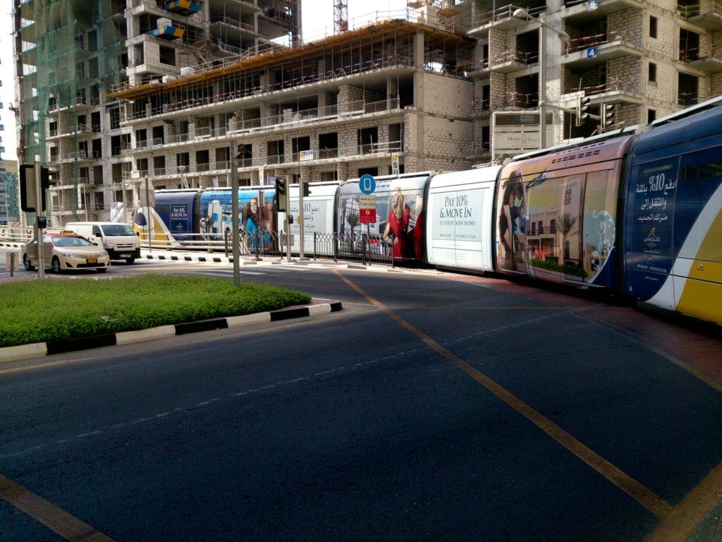 Трамвай в Дубае