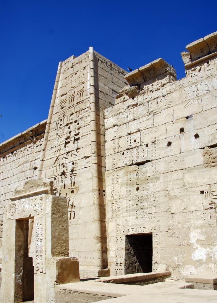 Мединет-Абу - Храм Рамзеса III